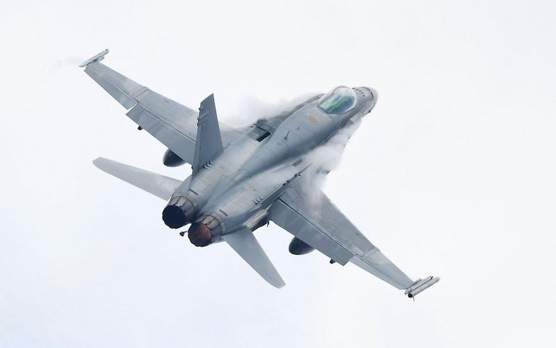 Canada canceling purchase of new Boeing fighter jets