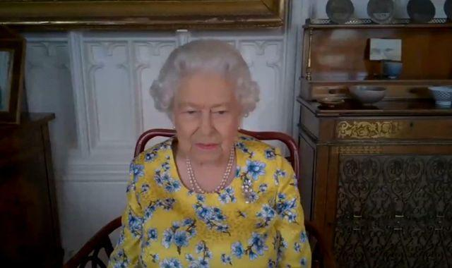 The Queen to resume royal engagements at Buckingham Palace