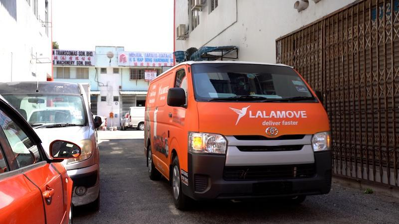 Lalamove's on-demand delivery fleet makes it easy for clients to arrange deliveries quickly and conveniently. — Picture courtesy of Lalamove