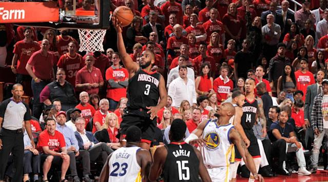 Golden State's continued attempts to win Game 5 with Kevin Durant isolations fell short as Houston took a 3-2 lead as the series shifts back to Oakland.