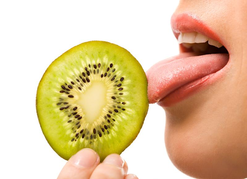 """Supertasters have <a href=""""https://www.healthline.com/health/food-nutrition/supertaster"""" target=""""_blank"""" rel=""""noopener noreferrer"""">stronger taste buds</a> than the average person. And more of them, too. (Photo: YouraPechkin via Getty Images)"""
