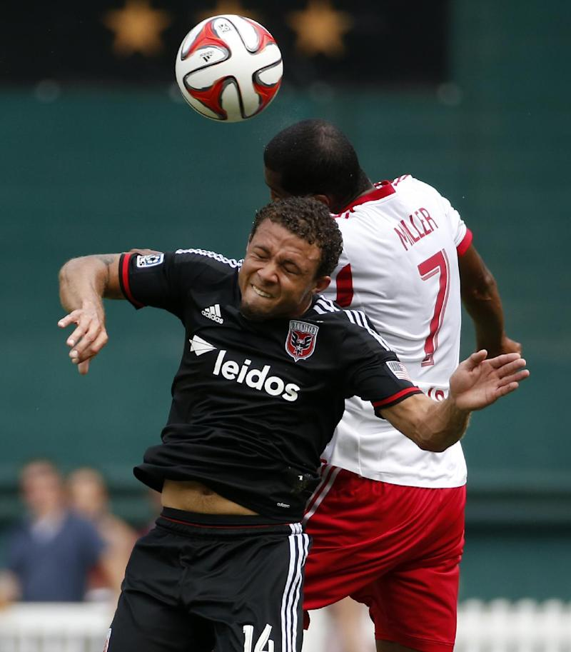 United beats Red Bulls 2-0 to pad conference lead