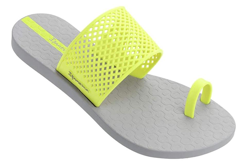Ipanema, big-toe sandal