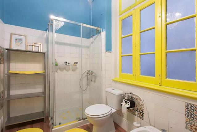 <p>And the colourful bathroom. </p>