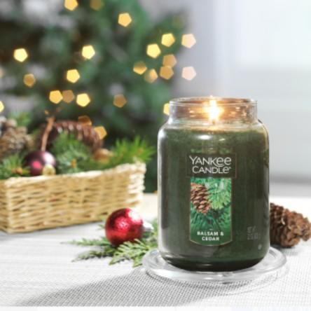 Yankee Candle Balsam & Cedar - Large Classic Jar Candle. (Photo: Walmart)