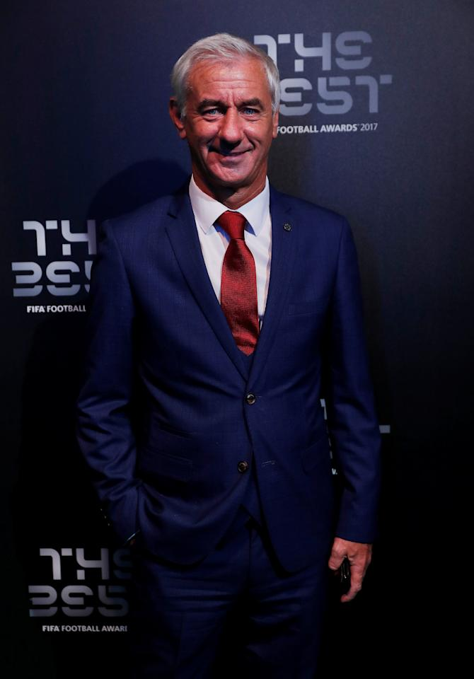 Soccer Football - The Best FIFA Football Awards - London Palladium, London, Britain - October 23, 2017   Former Liverpool and Wales player Ian Rush poses before the start of the awards   Action Images via Reuters/John Sibley