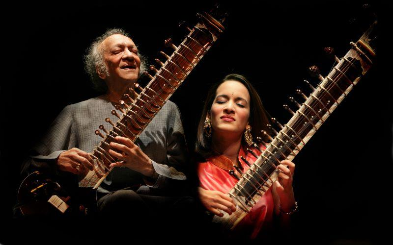 Pandit Ravi Shankar with daughter Anoushka Shankar.