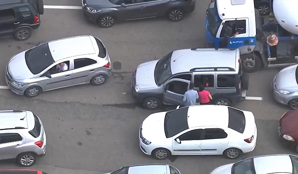 The man is seen after finally finding his car. Source: Newsflash/Australscope