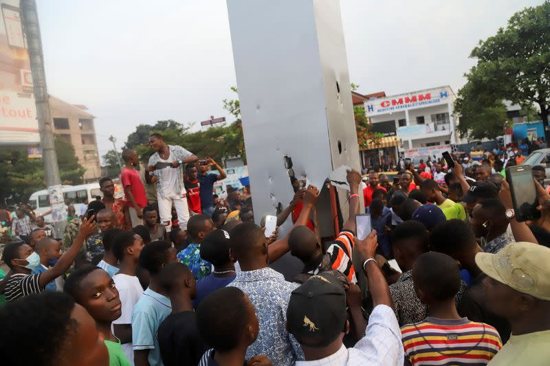 Residents vandalise the mysterious monolith that appeared in Kinshasa