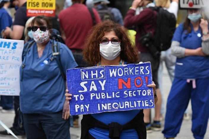 The protesters are demanding a 15% pay rise (Picture: Getty)