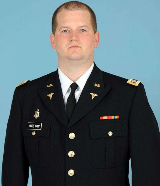 PHOTO: Capt. Seth V. Vandekamp, 31, was an Army doctor assigned to Medical Company, Task Force Sinai. (US Army)