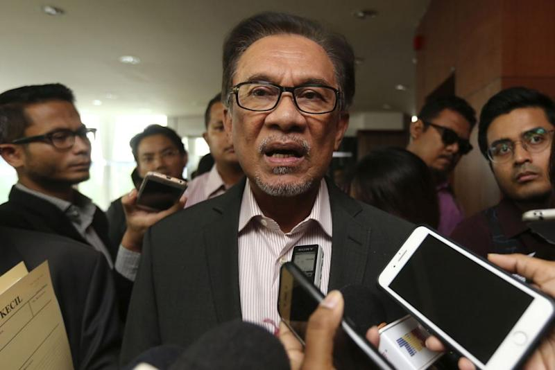 Datuk Seri Anwar Ibrahim (pic) said Tun Dr Mahathir Mohamad should have a say on the chairmanship of Parliament's Public Accounts Committee. — Picture by Yusof Mat Isa