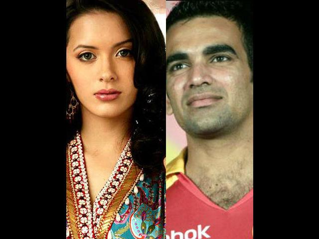 <p>Isha Sharvani-Zaheer Khan<br /><br />The demure Isha Sharvani and ace pacer Zaheer Khan looked like the perfect match for each other. They were in an on-and-off relationship for almost 8 years. There were even talks that a marriage was on cards. But their conflicting schedules and distance drove them apart. Isha recently admitted that she is single. </p>