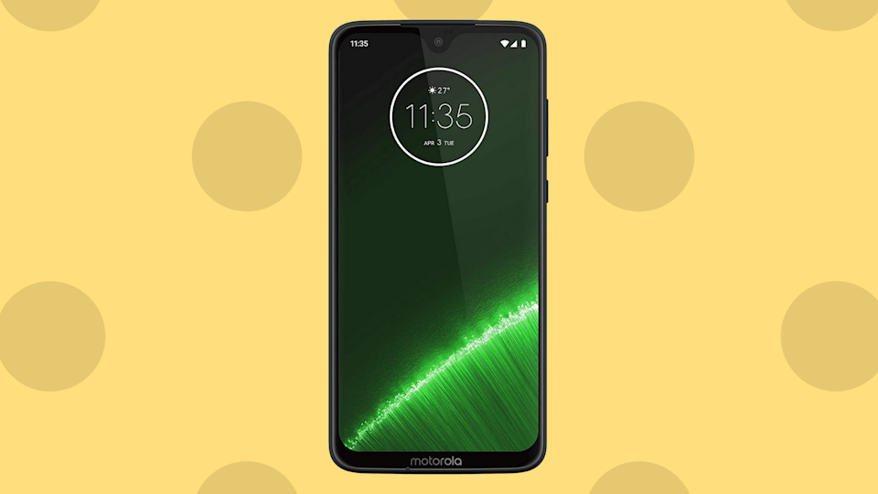 Save 52 percent on the Moto G7 Plus. (Photo: Amazon)