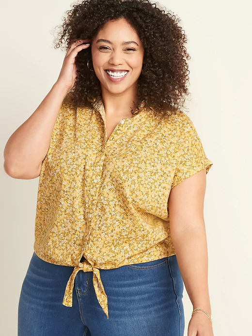 """<h3><a href=""""https://oldnavy.gap.com/browse/home.do?ssiteID=ON&lBrdCd=3"""" rel=""""nofollow noopener"""" target=""""_blank"""" data-ylk=""""slk:Old Navy"""" class=""""link rapid-noclick-resp"""">Old Navy</a></h3> <br><strong>Dates:</strong> Now - Limited time<br><strong>Discount:</strong> Up to 75% off clearance<br><strong>Promo Code:</strong> None<br><br><strong>Old Navy</strong> Floral Print Top, $, available at <a href=""""https://go.skimresources.com/?id=30283X879131&url=https%3A%2F%2Foldnavy.gap.com%2Fbrowse%2Fproduct.do%3Fpid%3D565086002%26cid%3D96949%23pdp-page-content"""" rel=""""nofollow noopener"""" target=""""_blank"""" data-ylk=""""slk:Old Navy"""" class=""""link rapid-noclick-resp"""">Old Navy</a><br><br><br>"""