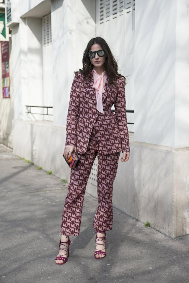<p>Totally commit to the color combo by opting for a look that's printed with the duo from head to toe.</p>