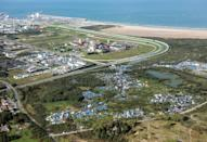 "An aerial picture taken on October 8, 2015 shows the ""New Jungle"" migrants camp where some 3,500 people live, near the port of Calais (AFP Photo/Denis Charlet)"