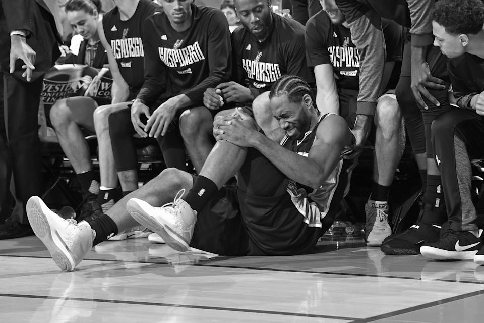 Kawhi Leonard's last playoff series against the Warriors ended in pain. (Getty Images)