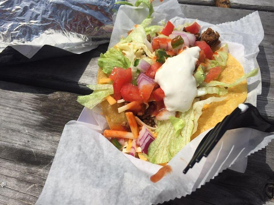 """<p><strong><a href=""""https://www.yelp.com/biz/bs-tacos-londonderry"""" rel=""""nofollow noopener"""" target=""""_blank"""" data-ylk=""""slk:B's Tacos"""" class=""""link rapid-noclick-resp"""">B's Tacos</a>, Londonderry</strong><br></p><p>""""B's Tacos are the best thing since sliced bread. My husband as well as many of my co-works have loved the burritos. I would highly recommend the taco sampler which includes 1 chicken, 1 beef, and 1 steak taco. The ingredients are fresh and tacos and burritos are made to order."""" – Yelp user <a href=""""https://www.yelp.com/user_details?userid=1YZMU3NYiK_dSx6JlNO1_g"""" rel=""""nofollow noopener"""" target=""""_blank"""" data-ylk=""""slk:Nicole K."""" class=""""link rapid-noclick-resp"""">Nicole K.</a></p><p>Photo: Yelp/<a href=""""https://www.yelp.com/user_details?userid=-8IhcQcCn-wfaylv0n0pmg"""" rel=""""nofollow noopener"""" target=""""_blank"""" data-ylk=""""slk:Ryan B."""" class=""""link rapid-noclick-resp"""">Ryan B.</a></p>"""