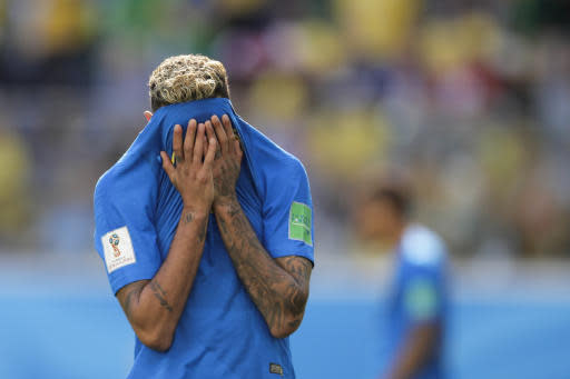 Brazil's Neymar reacts after missing a chance to score during the group E match between Brazil and Costa Rica at the 2018 soccer World Cup in the St. Petersburg Stadium in St. Petersburg, Russia, Friday, June 22, 2018. (AP Photo/Dmitri Lovetsky)