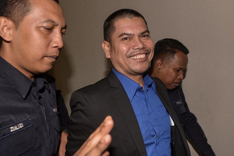 Jamal said he did not have with him in court the documents or evidence to support his allegations and allegedly defamatory statements. — Picture by Mukhriz Hazim
