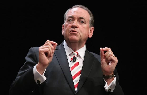 Mike Huckabee Offers a Corny Solution to the Nation's Toilet Paper Shortage