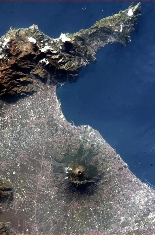 Mt. Vesuvius, Italy, on New Year's Day, 2013. Looks a little like a remainder from earth's difficult puberty years. :)
