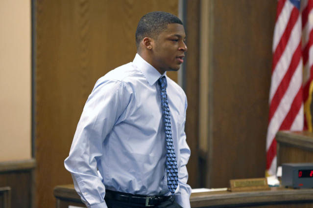 "<a class=""link rapid-noclick-resp"" href=""/ncaaf/players/276803/"" data-ylk=""slk:Ma'lik Richmond"">Ma'lik Richmond</a> at his trial in 2013. (AP_"