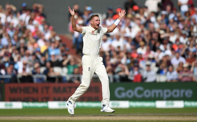 MANCHESTER, ENGLAND - SEPTEMBER 07: Stuart Broad of England successfully appeals for the wicket of Marcus Harris of Australia during day four of the 4th Specsavers Ashes Test match between England and Australia at Old Trafford on September 07, 2019 in Manchester, England. (Photo by Gareth Copley/Getty Images)