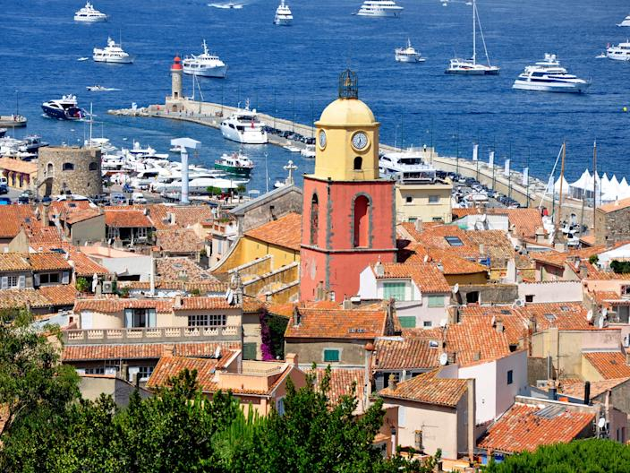"Saint Tropez. <p class=""copyright""><a href=""https://upload.wikimedia.org/wikipedia/commons/7/71/Saint-Tropez_-_Vue_g%C3%A9n%C3%A9rale,_%C3%A9glise,_phare.jpg"" rel=""nofollow noopener"" target=""_blank"" data-ylk=""slk:Wikimedia Commons"" class=""link rapid-noclick-resp"">Wikimedia Commons </a></p>"