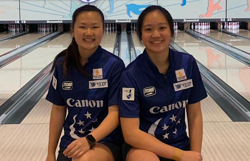 Singapore youth bowler Fion Liew (left) clinched gold in the girls' all-events at the 20th Asian Schools Tenpin Bowling Championships, while her teammate Arianne Tay won the silver. (PHOTO: Singapore Bowling Federation)