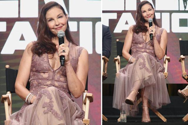Ashley Judd gives the princess look a try in J. Mendel lilac dress. (Photo: Getty Images)
