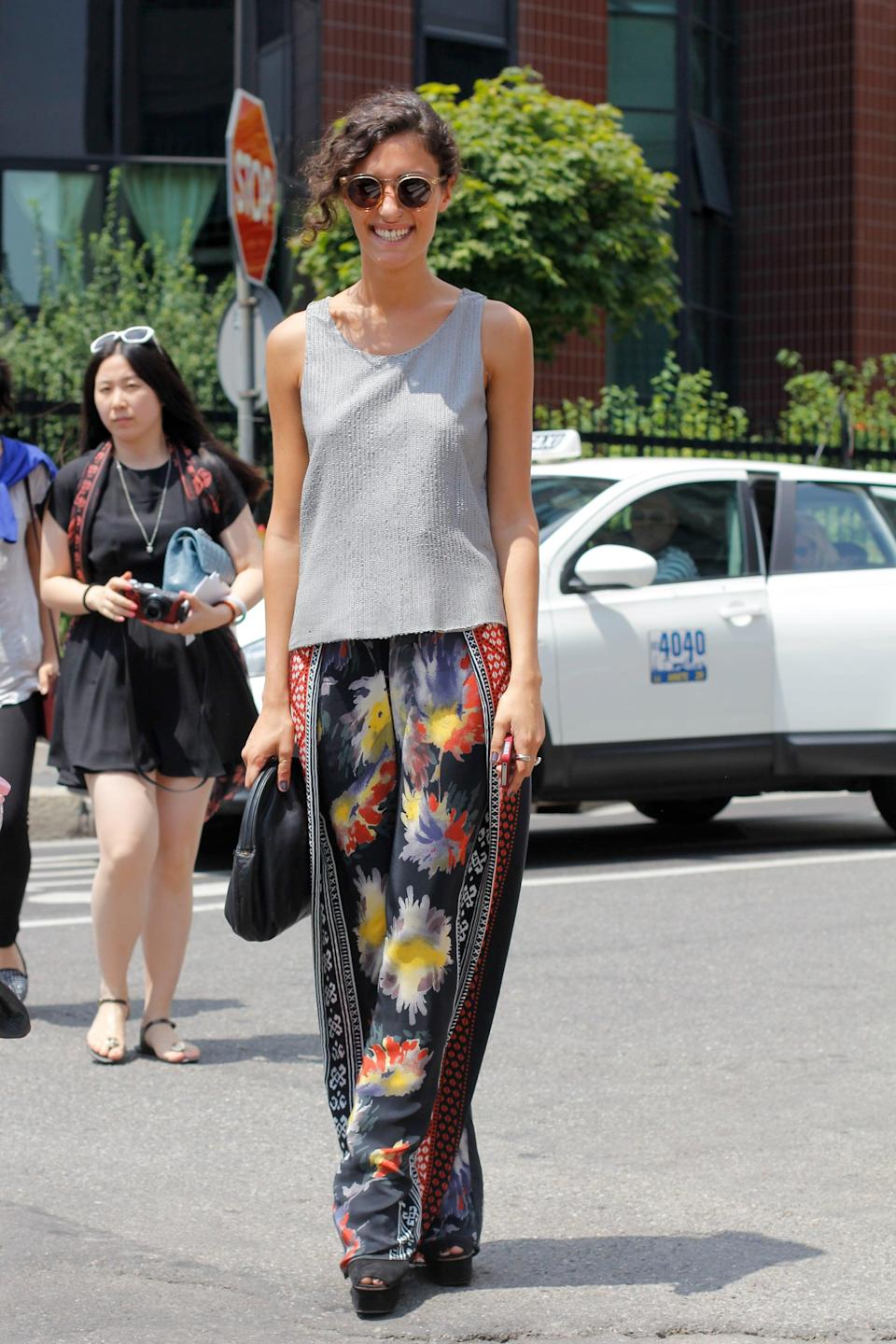 <p>Opt for a more unconventional approach to breezy dressing by wearing silky pants and a tank.</p>