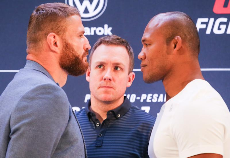 SAO PAULO, BRAZIL - NOVEMBER 14: (L-R) Jan Blachowicz of Poland and Ronaldo Souza Jacare of Brazil face off during the Ultimate Media Day at Renaissance Hotel Sao Paulo on November 14, 2019 in Sao Paulo, Brazil. (Photo by Alexandre Schneider/Zuffa LLC via Getty Images)