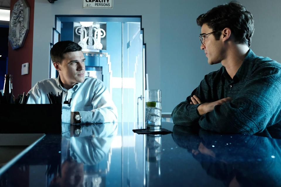 "<p>The second season of <strong>American Crime Story </strong>features <strong>Glee</strong>'s <a href=""https://www.popsugar.com/celebrity/Darren-Criss-Filming-American-Crime-Story-Speedo-43507015"" class=""link rapid-noclick-resp"" rel=""nofollow noopener"" target=""_blank"" data-ylk=""slk:Darren Criss"">Darren Criss</a> as Andrew Cunanan, the man who, on a <a href=""https://www.popsugar.com/entertainment/Timeline-Andrew-Cunanan-Murders-44576717"" class=""link rapid-noclick-resp"" rel=""nofollow noopener"" target=""_blank"" data-ylk=""slk:killing spree"">killing spree</a>, murdered fashion designer Gianni Versace (Edgar Ramirez). We get a closer look at Cunanan's upbringing, as well as how the crime affected the Versace family. </p> <p><a href=""https://www.netflix.com/title/81091015"" class=""link rapid-noclick-resp"" rel=""nofollow noopener"" target=""_blank"" data-ylk=""slk:Watch The Assassination of Gianni Versace: American Crime Story on Netflix."">Watch <strong>The Assassination of Gianni Versace: American Crime Story </strong>on Netflix. </a></p>"