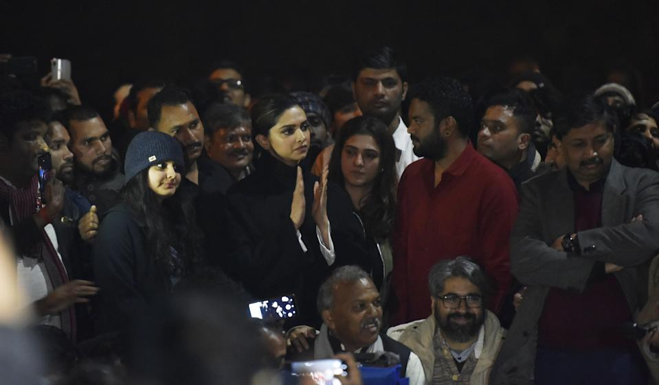 NEW DELHI, INDIA - JANUARY 7: Actor Deepika Padukone is seen at a gathering at JNU in solidarity with the students protesting against Sunday's violence, on January 7, 2020 in New Delhi, India. On Sunday, a mob of masked young people stormed the JNU campus in south Delhi and systematically targeted students in three hostels, unleashing mayhem with sticks, stones and iron rods, hitting inmates and breaking windows, furniture and personal belongings. At least 30 people including students and teachers injured. They also attacked a women's hostel. Left and ABVP are blamed each other for the attack. (Photo by Vipin Kumar/Hindustan Times via Getty Images)