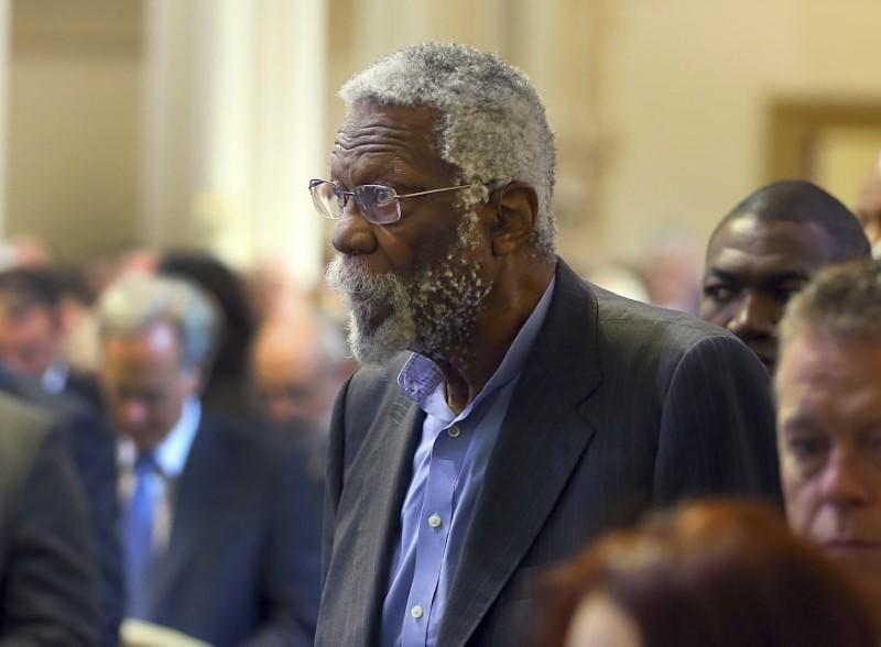 Bill Russell accepts Hall of Fame ring 44 years after induction