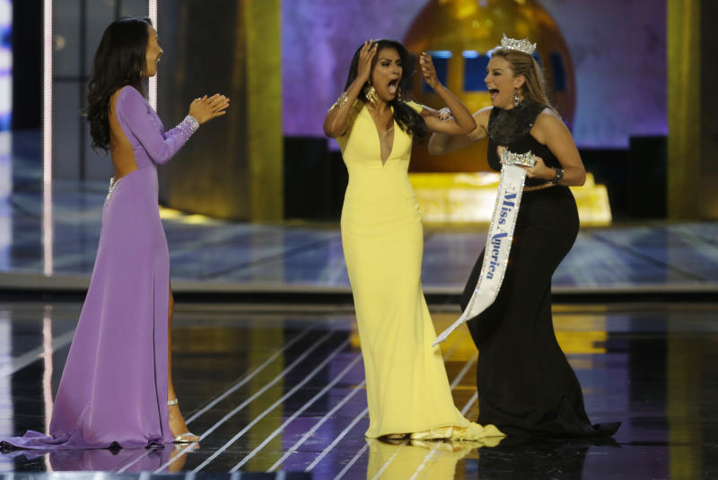 Miss America cancels visit to boardwalk fire site