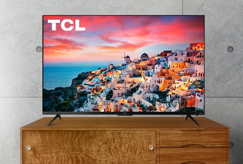 Save $180 on this TCL 4K TV. (Photo: Walmart)
