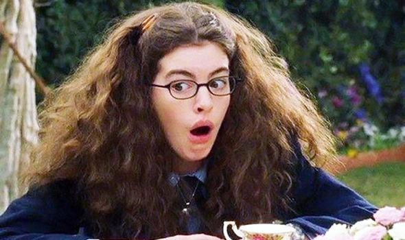 A photo of actor Anne Hathaway in the film Princess Diaries.