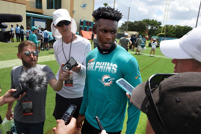 Dolphins WR Allen Hurns opts out of 2020 season