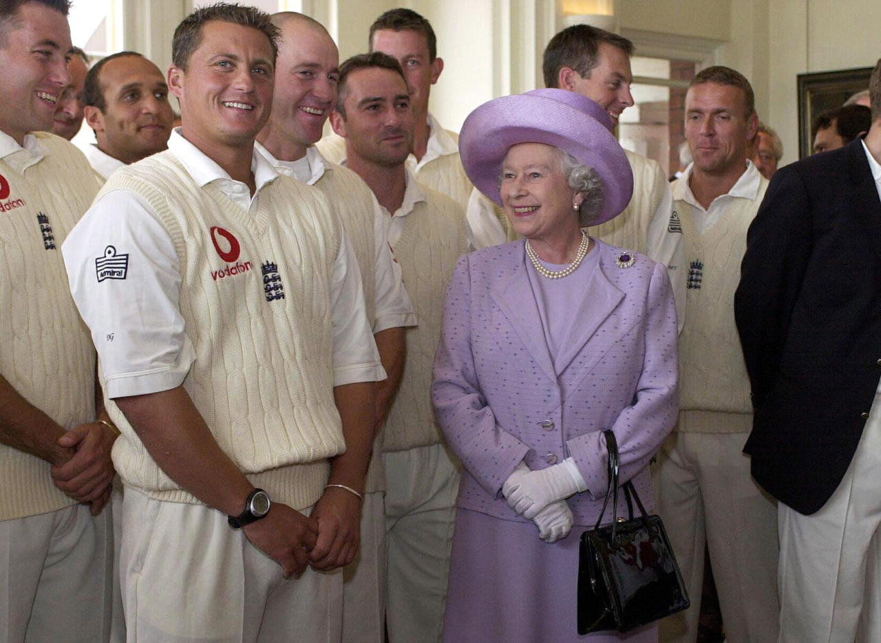 LONDON, UNITED KINGDOM - JULY 19:  The Queen Meeting Members Of The English Cricket Team At Lords Cricket Ground In London  (Photo by Tim Graham Picture Library/Getty Images)