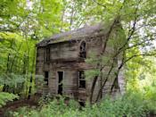 "<p>This old house, isolated in the middle of the woods, could have been used in <em>The Blair Witch Project</em>.</p><p>Photo: Flickr/<a href=""https://www.flickr.com/photos/scottb211/6046757803/in/photolist-adkdqT-bP3LvD-on8YJA-7Vn63u-7Uk8Xt-d8A1CS-qU7dCp-oZQUFG-554cL4-9oQy6c-8eG6wH-5STA8X-iuk61H-psQDZT-kTM37c-rexbG6-9ugGoy-ZDXgTG-9qtVoL-osAtc5-6AeVJV-2exvram-nostHY-hTzqnS-b76QSv-2f7LeRP-ajnbe7-maWy2s-ouFDWn-qJJ1u2-bxt93q-rb8nA8-f4BRiW-q3VBmK-gdeB5p-8u6ckL-9WcXwH-aB9xrS-dndF3o-4V6qan-Y4XJ85-6kC2xw-6NTnjM-9RgFZa-jwPqQ7-ity1Lx-gHvfAe-dvRLLf-puNWT3-9rJfyV"" rel=""nofollow noopener"" target=""_blank"" data-ylk=""slk:Scottb211"" class=""link rapid-noclick-resp"">Scottb211</a></p>"