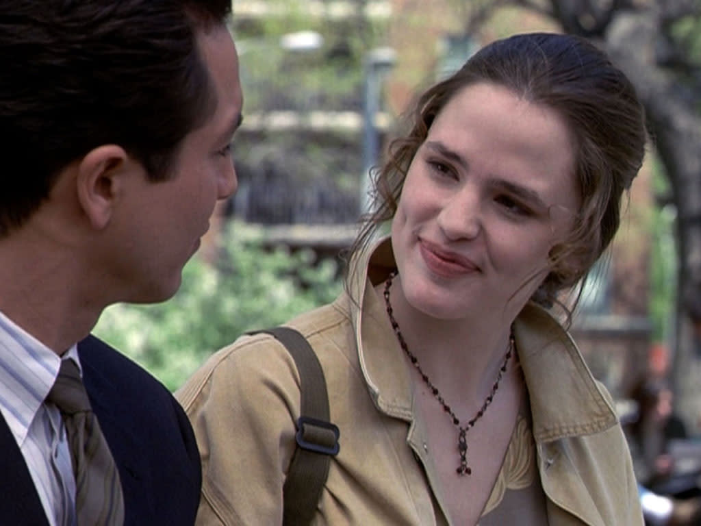 "<b>Femme Fatale</b><br>Jennifer Garner '96 -- ""Aftershock"" (L&O)<br><br>A mixed episode for ""L&O"" fans: Did the show sprinkle soap-opera fairy dust all over its characters, or was the episode about the after-effects of witnessing an execution a brilliant commentary on America's soul and sanctioned killing? Either way, several characters took a turn for the worst, morally and fatally -- and Jennifer Garner was there as a college student to compromise Benjamin Bratt's upright family man Rey Curtis.<br><br><em>Who else made it big after their ""L&O"" appearance? Let us know in the comments below.</em>"