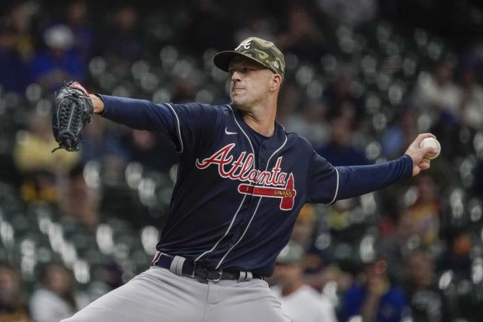 Atlanta Braves starting pitcher Drew Smyly throws during the first inning of a baseball game against the Milwaukee Brewers Friday, May 14, 2021, in Milwaukee. (AP Photo/Morry Gash)