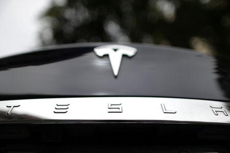 Tesla to buy battery tech maker Maxwell Technologies for $218 million
