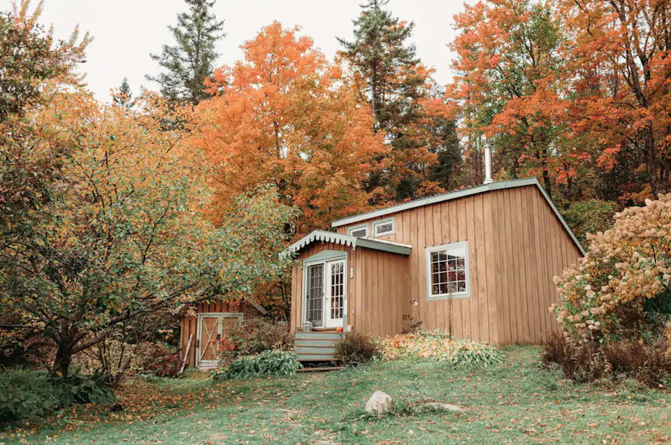 """<h2>East Orange, Vermont</h2><br><strong>Location</strong>: Topsham, Vermont<br><strong>Sleeps</strong>: 4<br><strong>Price Per Night</strong>: <a href=""""https://airbnb.pvxt.net/LPm613"""" rel=""""nofollow noopener"""" target=""""_blank"""" data-ylk=""""slk:$152"""" class=""""link rapid-noclick-resp"""">$152</a><br><br>""""We love our mountain life in Vermont — come enjoy its charm. We have the Groton State Park just down the road 25 minutes and Montpellier is 25 minutes away as well. We see lots of wildlife and a starry night sky. This is a safe welcoming place for LGBTQ POC folks. Pets are welcome — we have chickens, goats, a dog, and a toddler, so friendly dogs are welcome on leash.""""<br><br><h3>Book <a href=""""https://airbnb.pvxt.net/LPm613"""" rel=""""nofollow noopener"""" target=""""_blank"""" data-ylk=""""slk:Fairytale Cabin Nestled In Vermont"""" class=""""link rapid-noclick-resp"""">Fairytale Cabin Nestled In Vermont</a></h3>"""