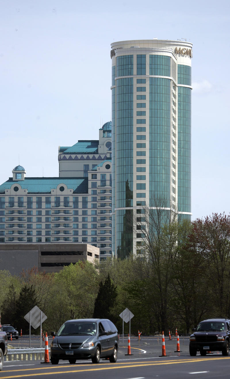 Tribal members take more jobs at Conn. Foxwoods