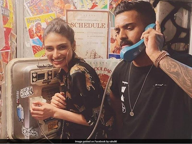 Suniel Shetty Reacts To Daughter Athiya's Picture With KL Rahul ...