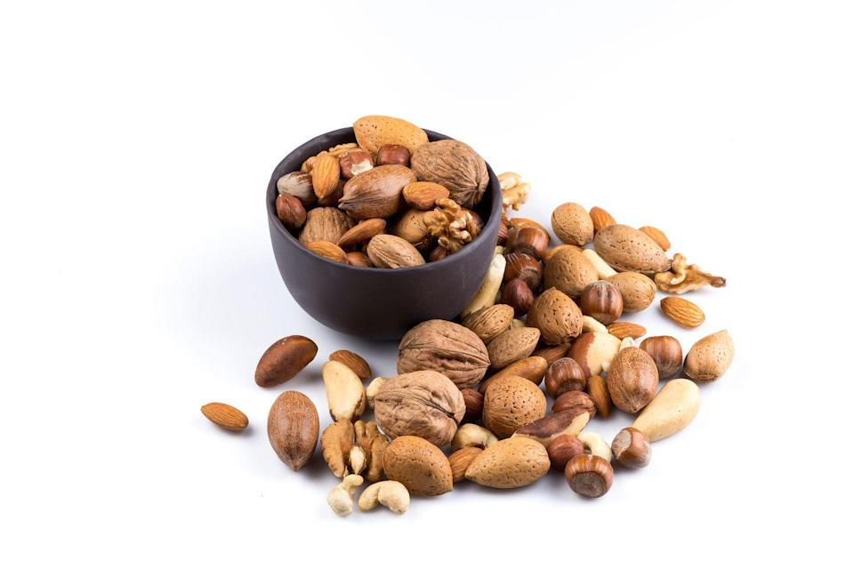 <p>They're an easy snack, but they also have great benefits. Cashews and almonds, for example, can help reduce allergy symptoms by acting as anti-histamines. Sunflower seeds and flaxseeds are also great to sprinkle on a salad. Not only do they taste great, but they're rich in vitamin E, which supports the immune system by triggering white blood cells to fight off bacteria.</p>